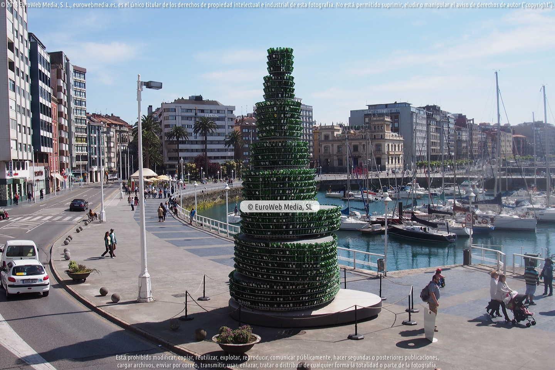 Fotografía de Árbol de la sidra en Gijón. Asturias. España.
