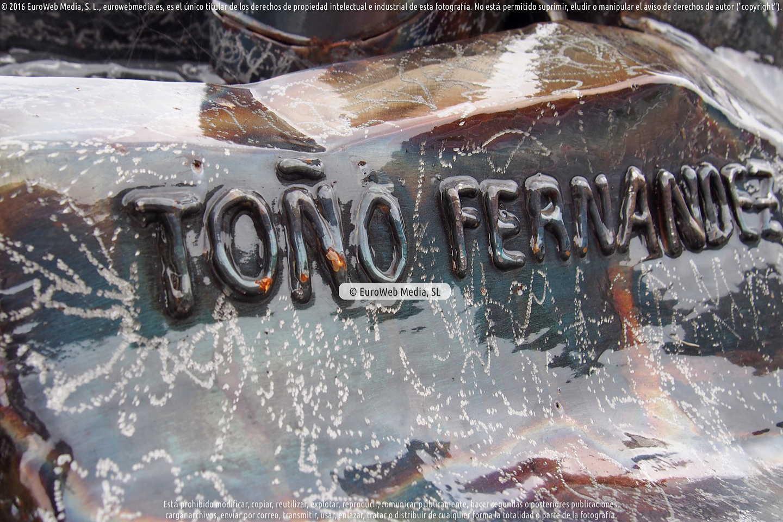 Fotografía de Escultura «Toño Fernández» en Cangas del Narcea. Asturias. España.