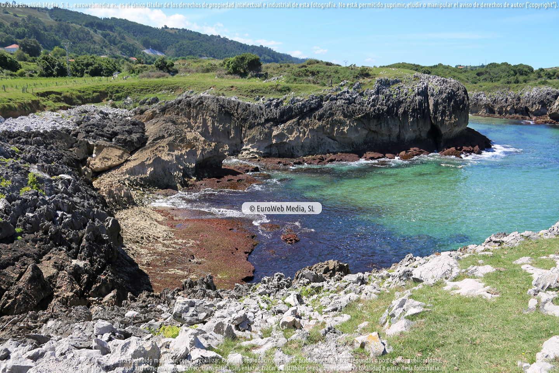Fotografía de Playa Cebías en Llanes. Asturias. España.
