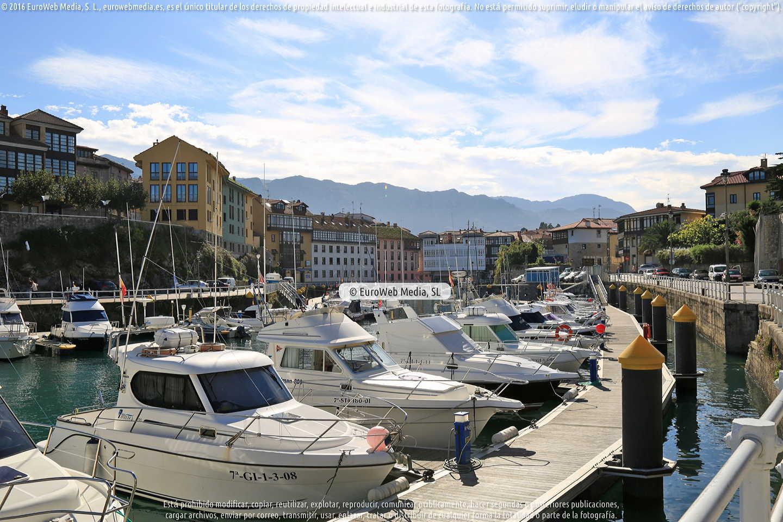 Fotografía de Puerto Deportivo de Llanes en Llanes. Asturias. España.