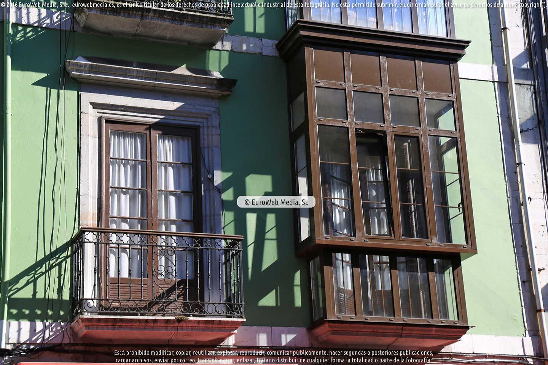 Fotografía de Casa natal del Teniente Alfonso Martinez Alonso en Oviedo. Asturias. España.