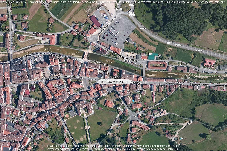 Fotografía de Oficina de turismo de Cangas de Onís (Casa Dago) en Cangas de Onís. Asturias. España.