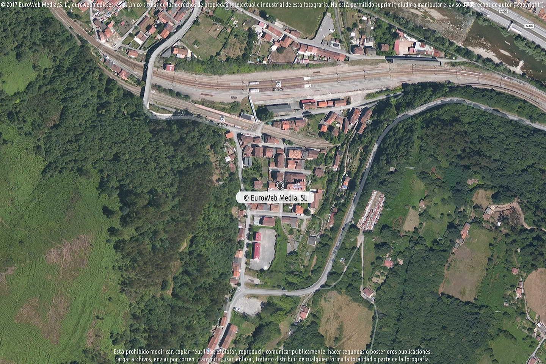 Fotografía de Farmacia Francisco J. Fueyo Muñiz en Mieres. Asturias. España.