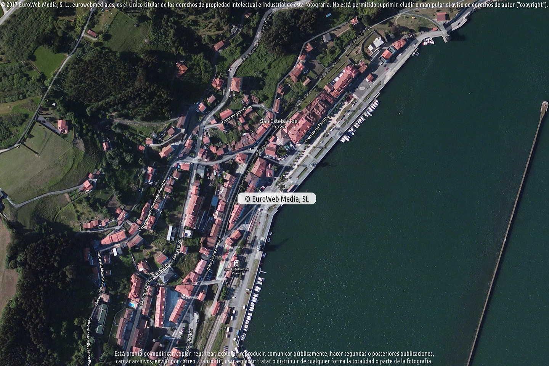 Fotografía de Oficina de turismo de San Esteban de Pravia en Muros de Nalón. Asturias. España.