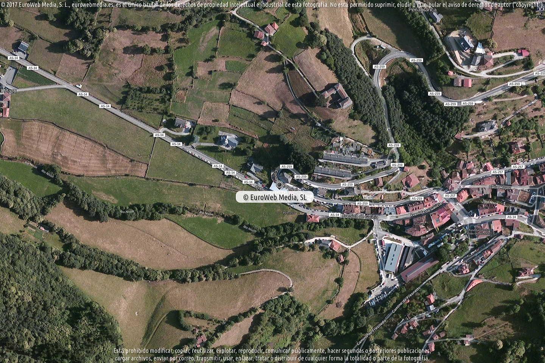 Fotografía de Estación de servicio Petronor en Pola de Allande en Allande. Asturias. España.