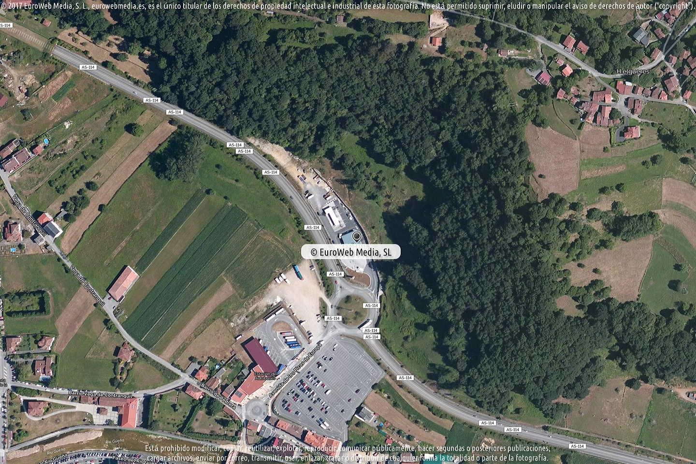 Fotografía de Estación de servicio Esc-Petroleos en Cangues d'Onís - Cangas de Onís en Cangas de Onís. Asturias. España.