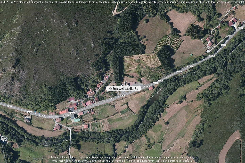Fotografía de Estación de servicio Cepsa en Tubongu en Cangas del Narcea. Asturias. España.