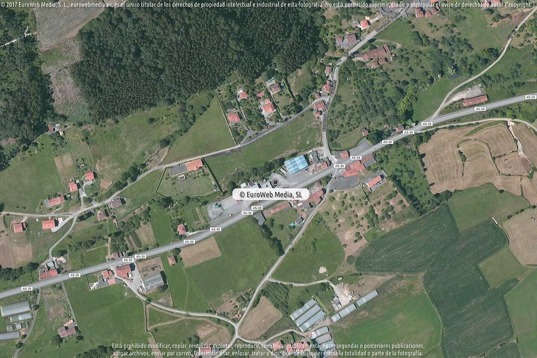 Fotografía de Estación de servicio Cepsa en La Rebollada en Carreño. Asturias. España.