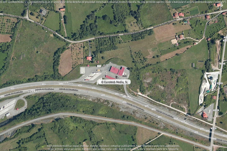 Fotografía de Estación de servicio Cepsa en Colunga D en Colunga. Asturias. España.