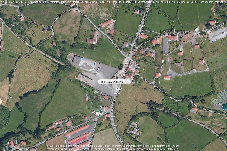 Fotografía de Estación de servicio Cepsa I en Mareo de Baxo en Gijón. Asturias. España.
