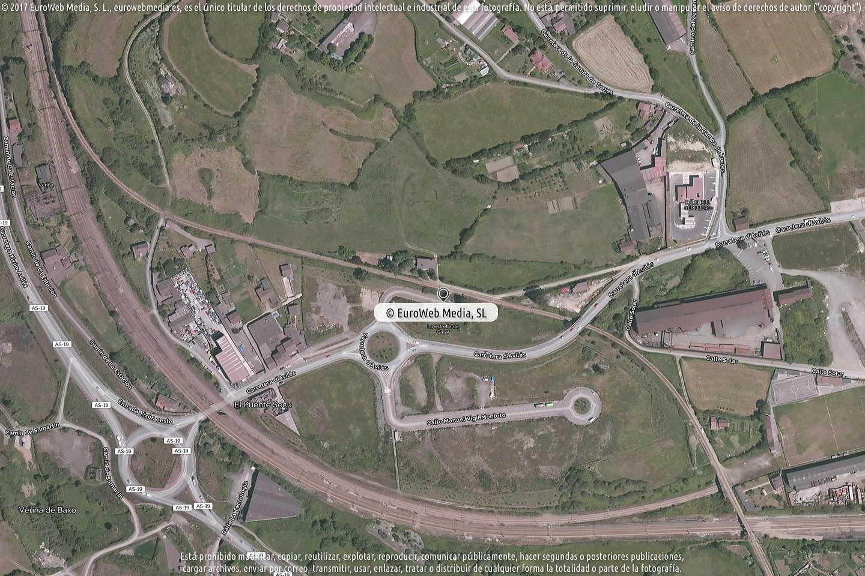 Fotografía de Estación de servicio La Estrella de Qatar en Veriña de Riba en Gijón. Asturias. España.