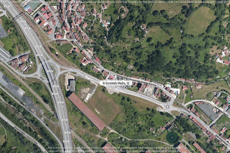 Fotografía de Estación de servicio Valcarce en Langreo - Llangréu en Langreo. Asturias. España.