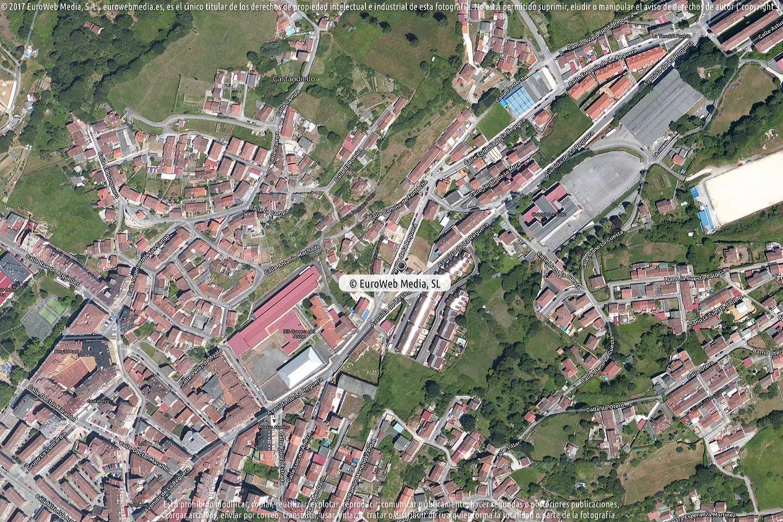 Fotografía de Estación de servicio Cepsa en Langreo - Llangréu en Langreo. Asturias. España.