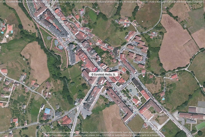 Fotografía de Estación de servicio Repsol II en Posada en Llanera. Asturias. España.