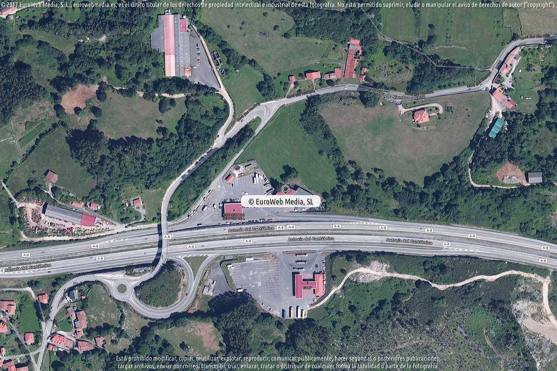 Fotografía de Estación de servicio Galp II en Bricia en Llanes. Asturias. España.