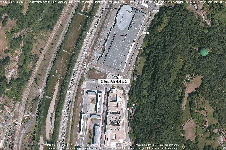 Fotografía de Estación de servicio Eroski en Santuyano en Mieres. Asturias. España.