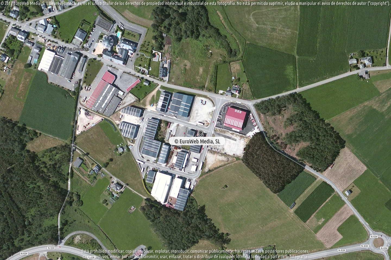 Fotografía de Estación de servicio E.S.La Colorada en Navia en Navia. Asturias. España.