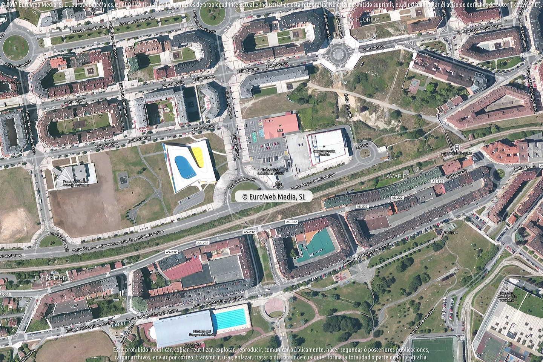Fotografía de Estación de servicio Repsol VII en Oviedo en Oviedo. Asturias. España.
