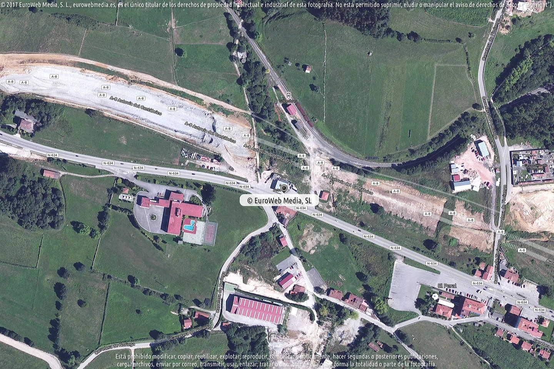 Fotografía de Estación de servicio Petronor en Colombres en Ribadedeva. Asturias. España.