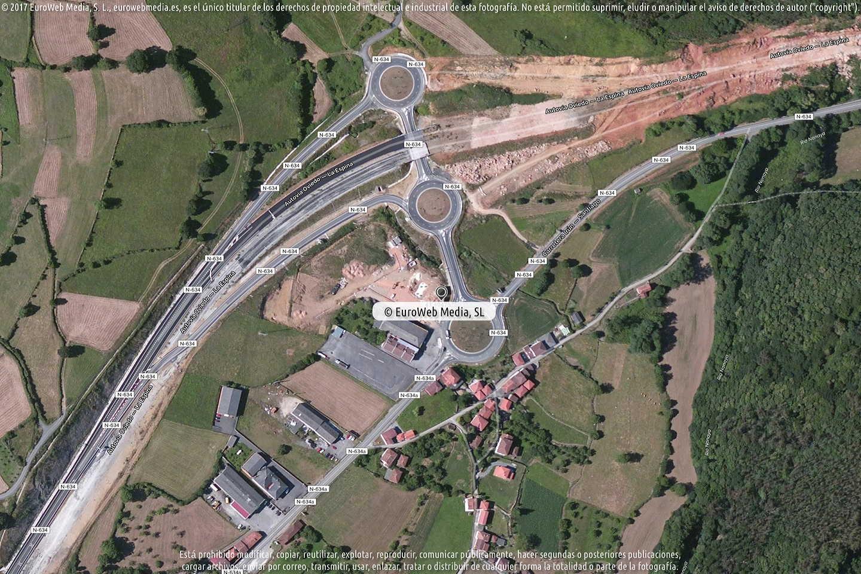 Fotografía de Estación de servicio Repsol en Casazorrina en Salas. Asturias. España.