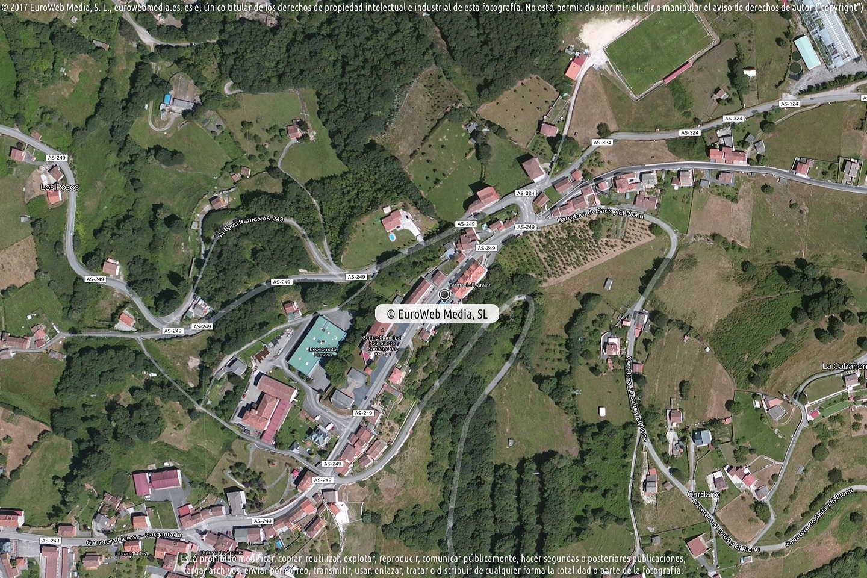 Fotografía de Estación de servicio Las Palmeras en Carbayín Alto en Siero. Asturias. España.