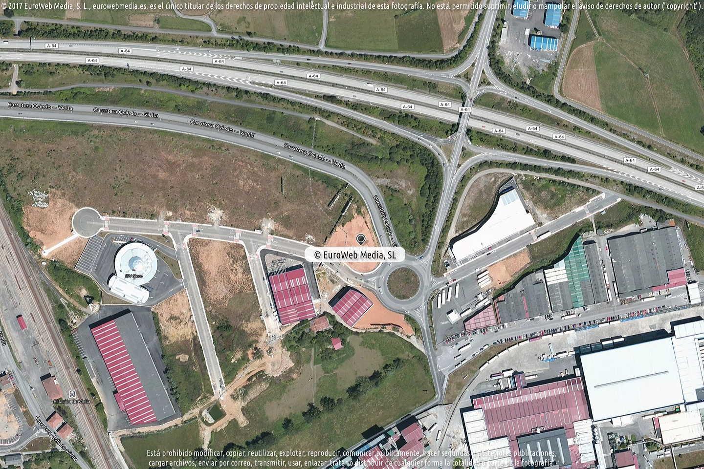 Fotografía de Estación de servicio Repsol I en Viella en Siero. Asturias. España.