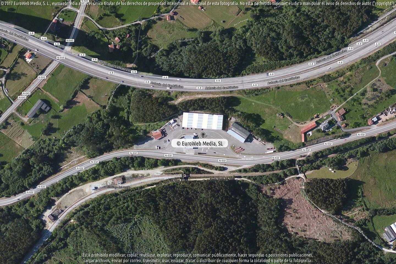 Fotografía de Estación de servicio Repsol en Carcedo en Soto del Barco. Asturias. España.