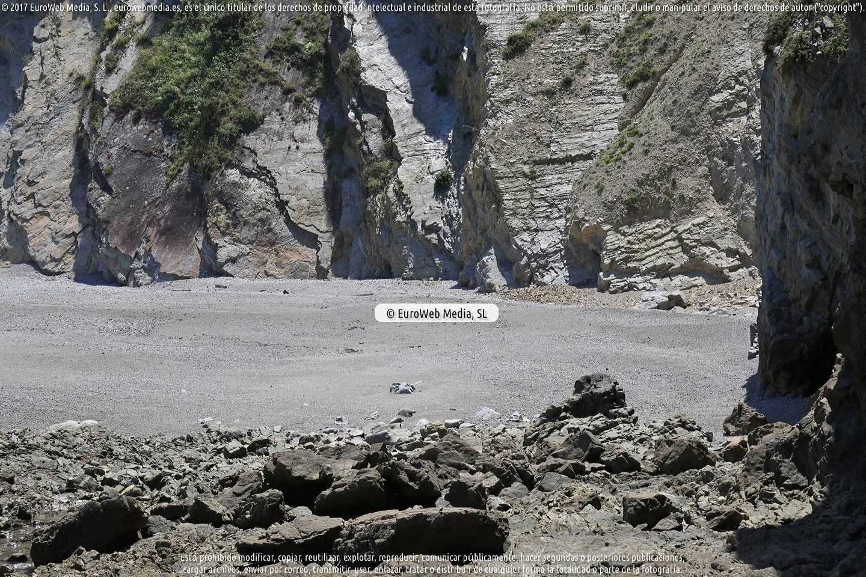 Fotografía de Playa de El Castrillón en Cudillero. Asturias. España.