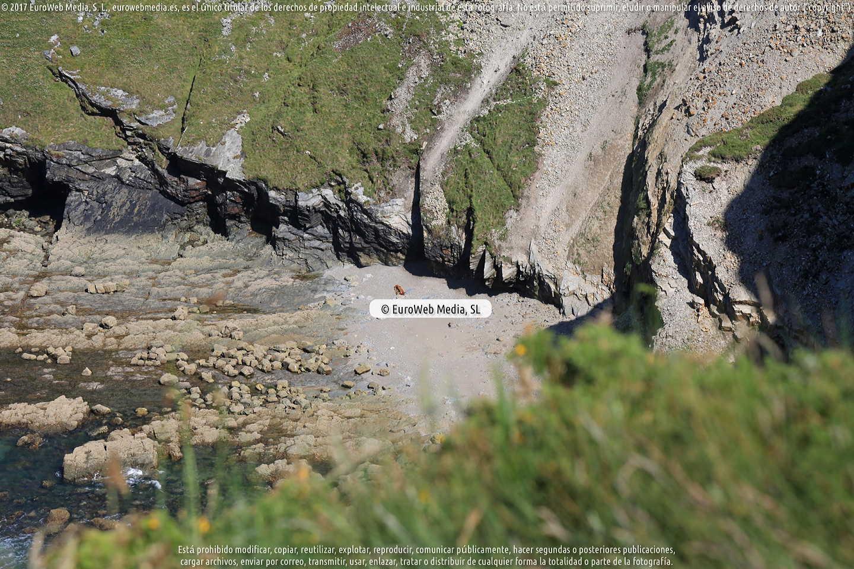 Fotografía de Playa de Gradas en Cudillero. Asturias. España.