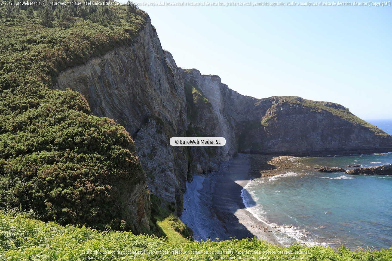 Fotografía de Playa de San Cidiello en Cudillero. Asturias. España.
