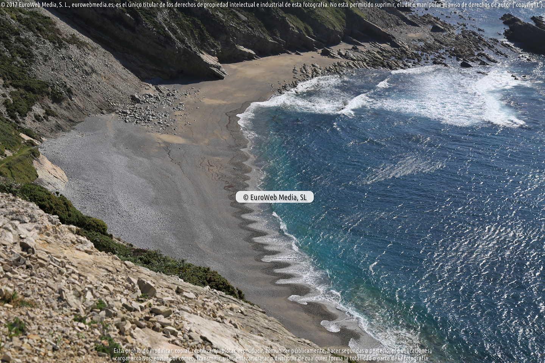 Fotografía de Playa de La Cueva en Cudillero. Asturias. España.