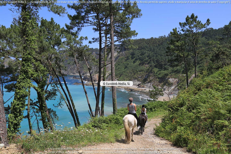 Fotografía de Playa de Oleiros en Cudillero. Asturias. España.